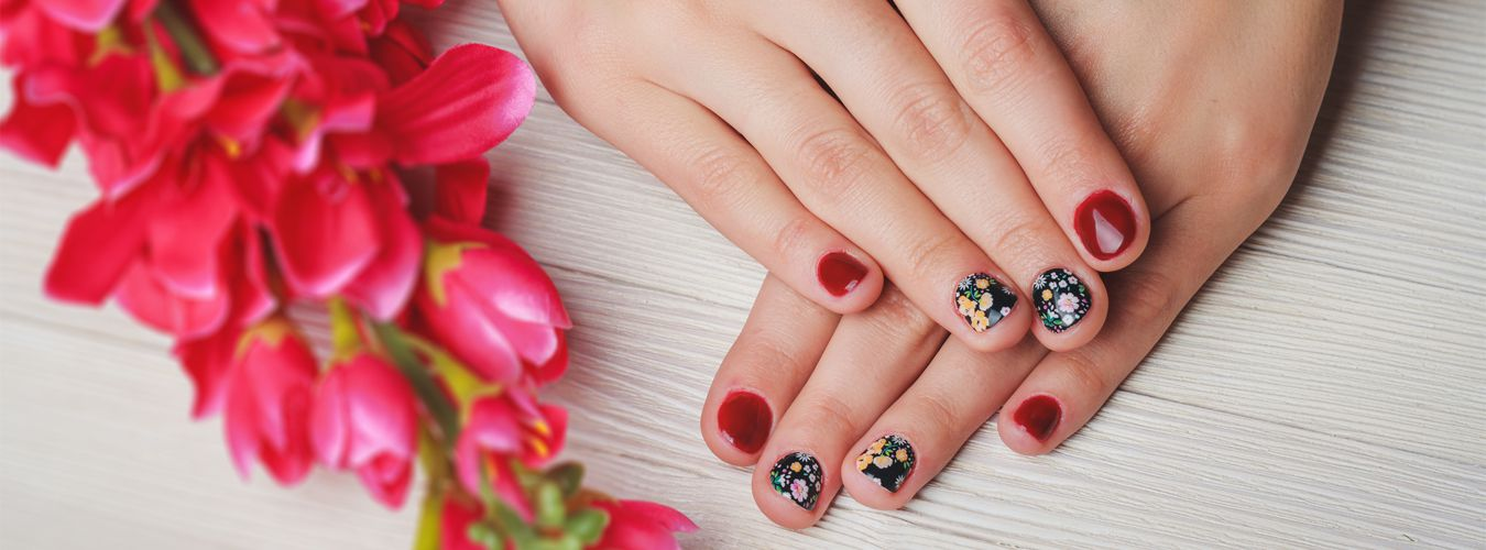 Vickies Nail Spa Chicago - Where Customer Comes First - 7 E ...
